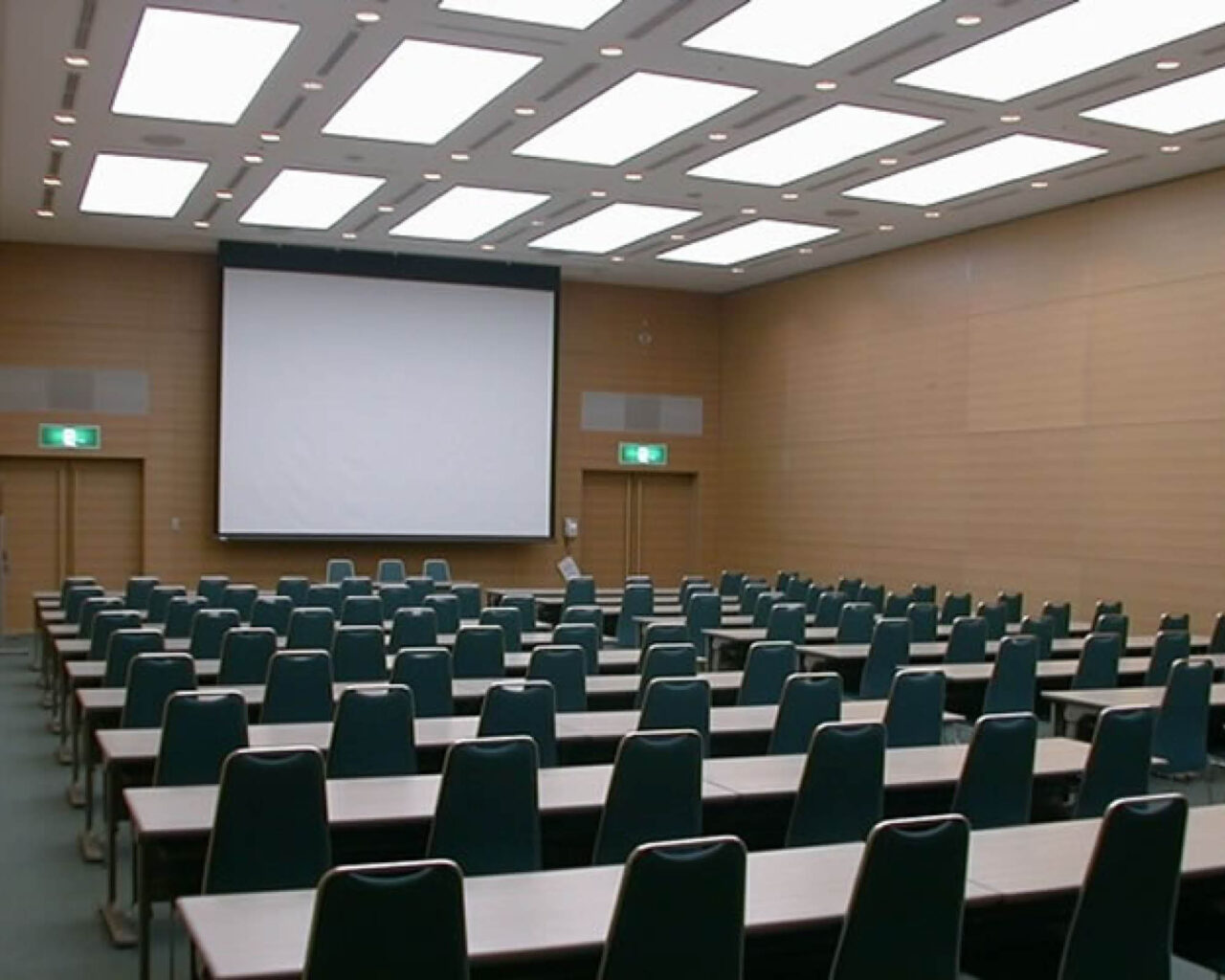 https://www.shizuoka-cb.com/wp-content/uploads/2021/03/photo-venues8-1280x1024.jpg